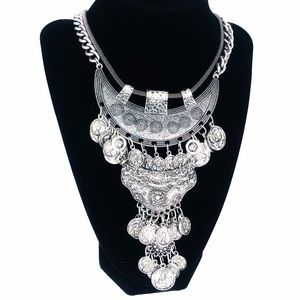 vintage big & bold Silver tone statement necklace